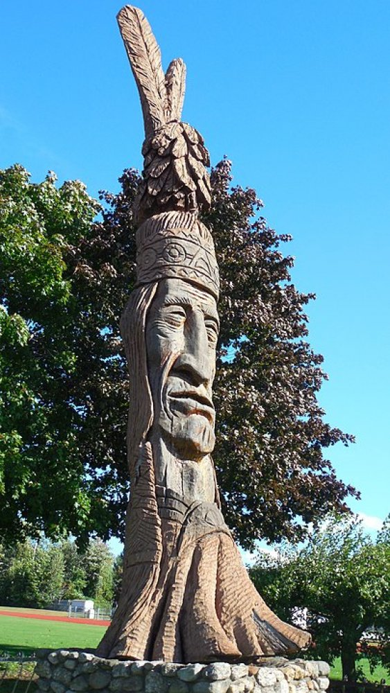 Statue of Keewakwa Abenaki Keenahbeh in Opechee Park in Laconia, New Hampshire (standing at 36 ft.)